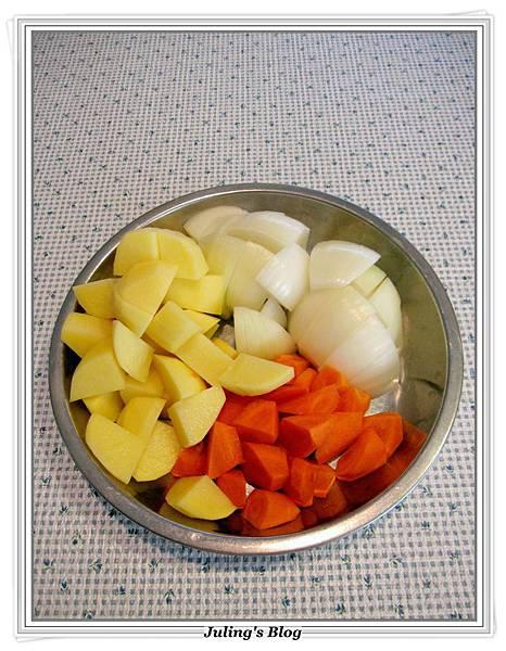 奶香洋芋燉牛腱做法4.JPG