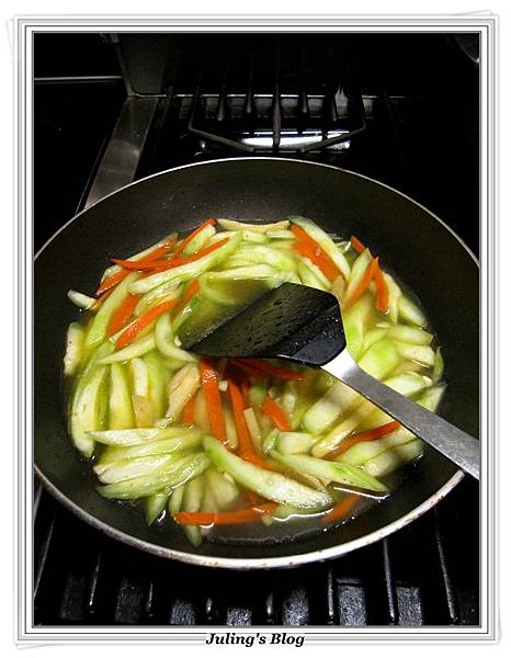 絲瓜燴飯做法7.JPG