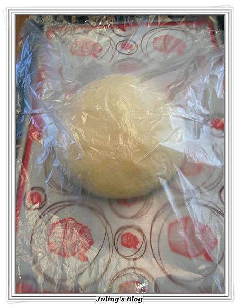 熱帶風味麵包捲做法4.JPG