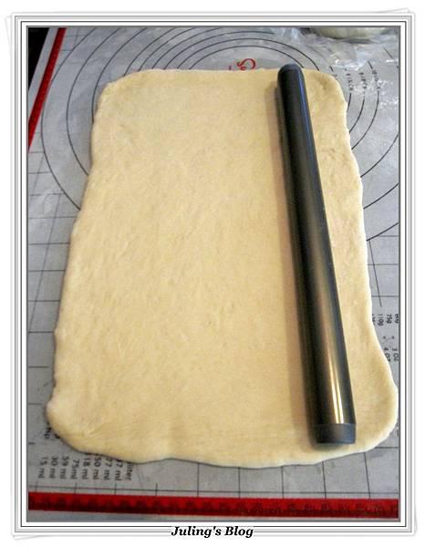 熱帶風味麵包捲做法11.JPG