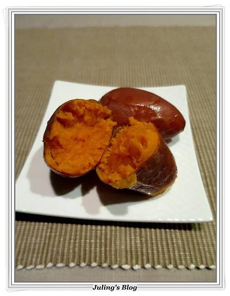 用電飯鍋烤地瓜2.JPG