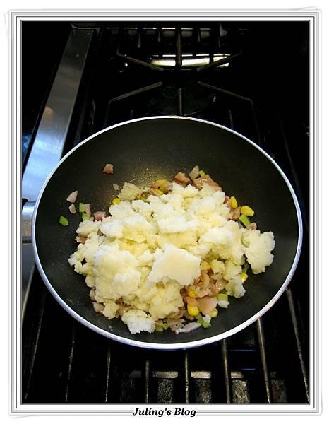 用電飯鍋烤馬鈴薯做法9.JPG