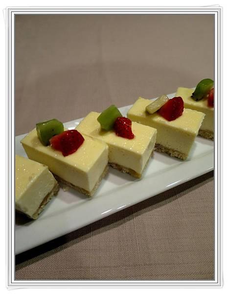優格重乳酪蛋糕1.JPG