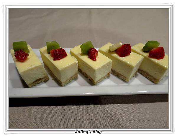優格重乳酪蛋糕3.JPG