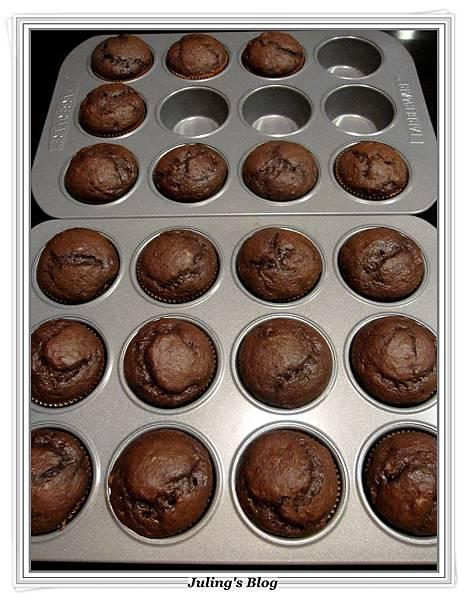 巧克力香蕉蛋糕做法4.JPG