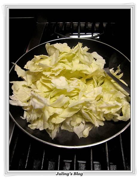 沙茶高麗菜做法4.JPG