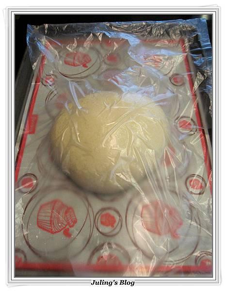 芝麻奶酥麵包做法4.JPG