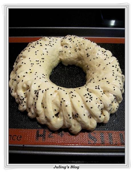 花環麵包做法13.JPG