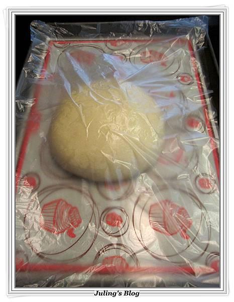 起司蒜香麵包做法4.JPG