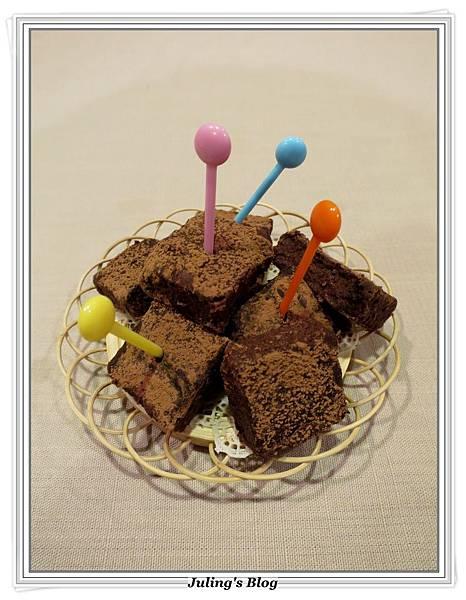 生巧克力蛋糕2.JPG