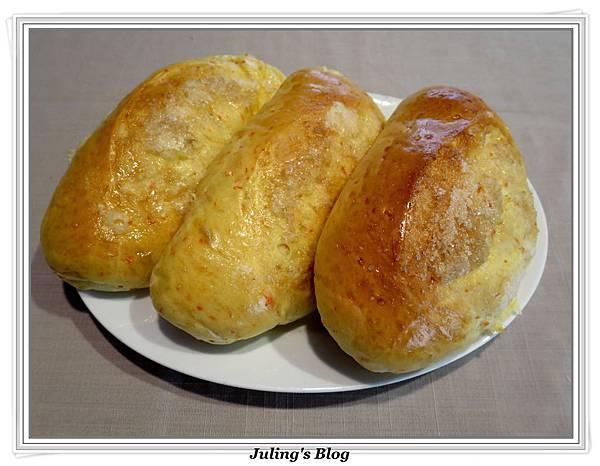 脆糖紅蘿蔔麵包2.jpg
