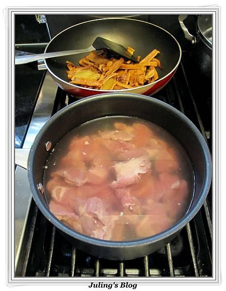 香魷蓮藕排骨湯做法6.jpg