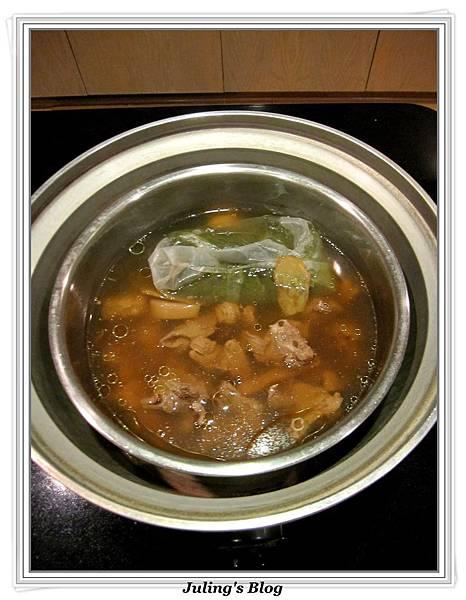 香魷蓮藕排骨湯做法11.jpg