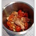 蒜香蕃茄燒雞腿做法2.jpg