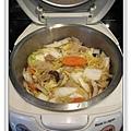 用電飯鍋做白菜滷做法7.jpg