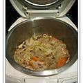 用電飯鍋做白菜滷做法9.jpg