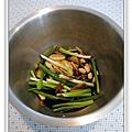 用電飯鍋做油雞做法1.jpg