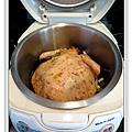 用電飯鍋做油雞做法3.jpg