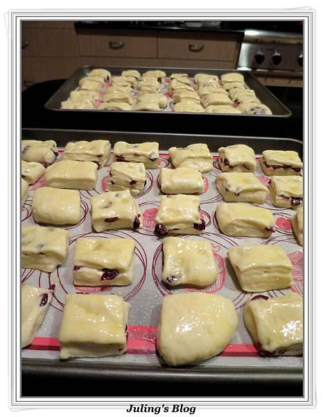 果乾優格小麵包做法17.jpg