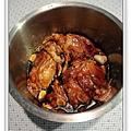 用電飯鍋做蒜香蜜汁雞做法2.jpg