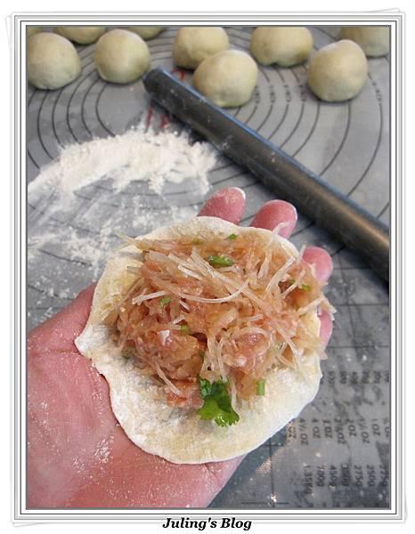 蘿蔔冬粉水煎包做法12.jpg