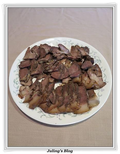 用電飯鍋做鹹豬肉2.jpg