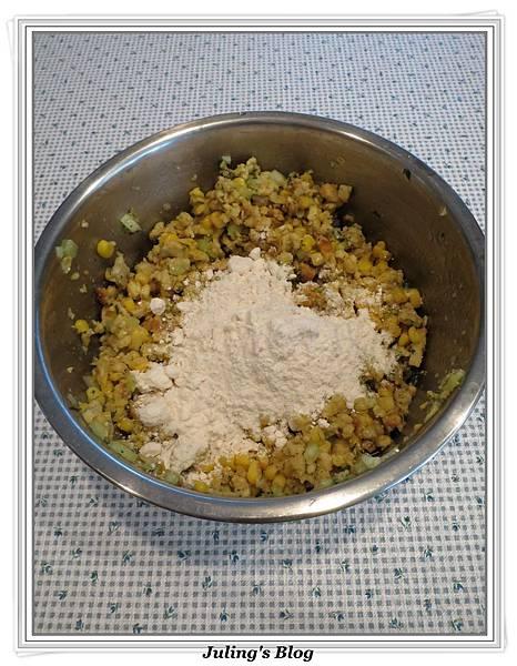 用stuffing做玉米丸子做法2.jpg