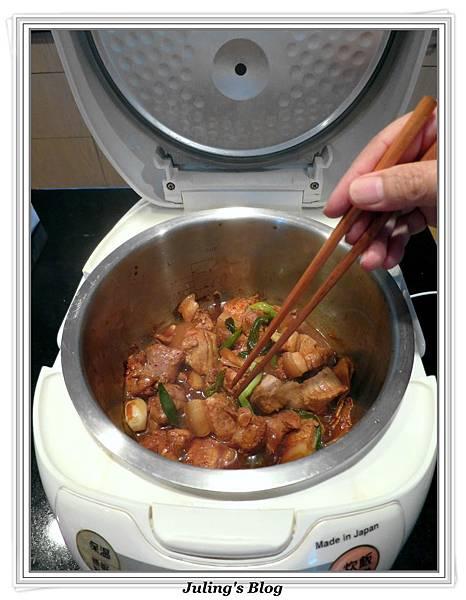 用電飯鍋做腐乳燒肉做法5.jpg