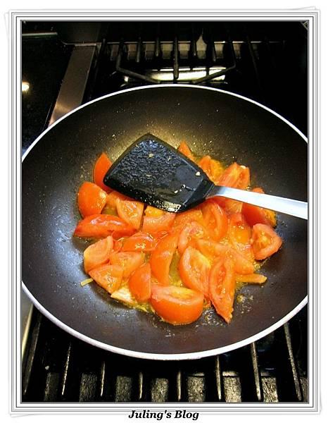 蕃茄蛋炒高麗菜做法4.JPG