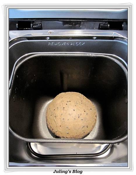 芝麻麵包棒做法3.jpg
