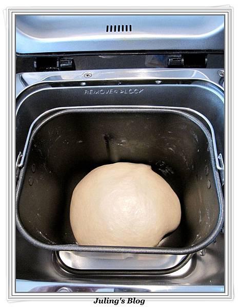蛋白鮮奶土司做法3.jpg