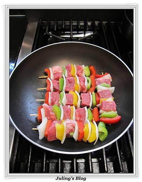 烤牛肉串做法3.jpg