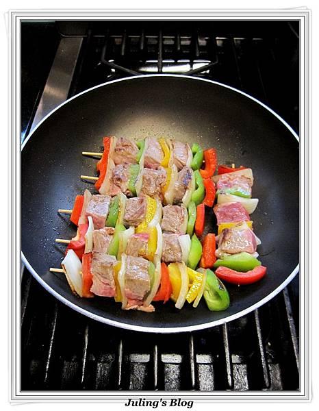 烤牛肉串做法4.jpg