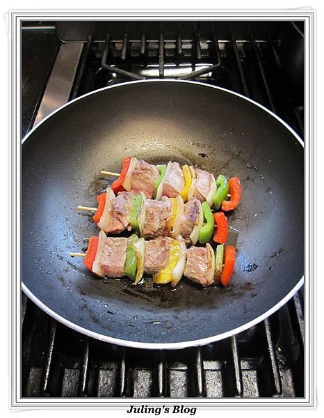 烤牛肉串做法5.jpg