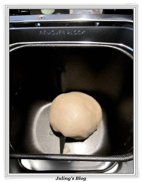 豆沙扭扭酥做法3.jpg