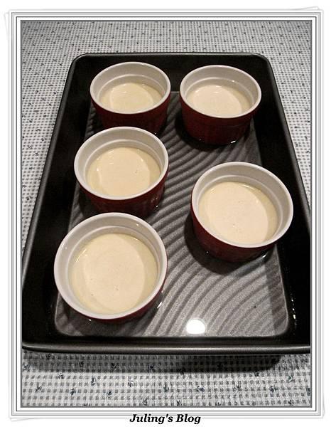鮮奶油布丁做法4.jpg