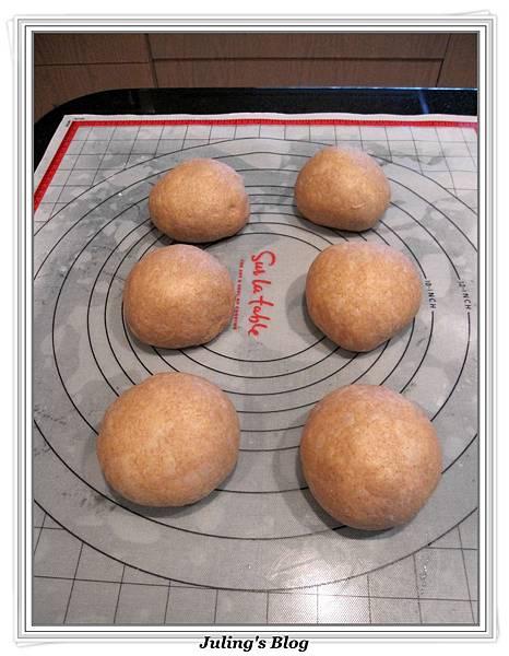 黑糖全麥麵包做法11.jpg
