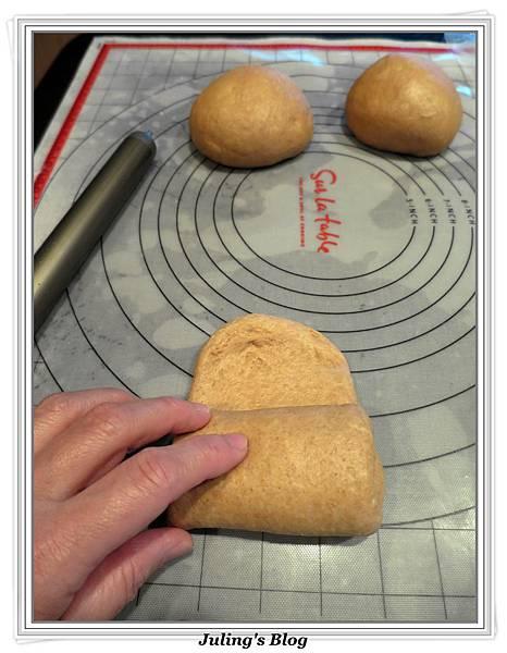 黑糖全麥麵包做法13.jpg