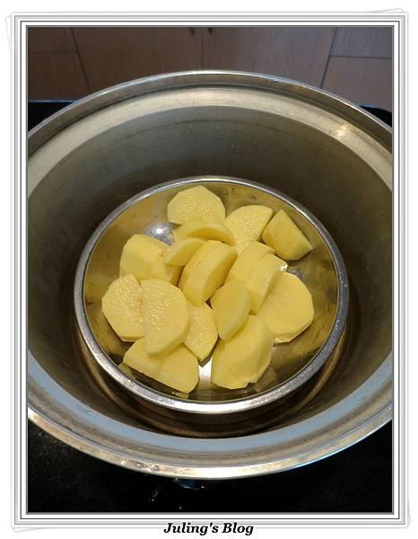 洋芋培根捲做法1.jpg