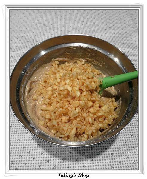 低脂蘋果香蕉蛋糕做法8.JPG