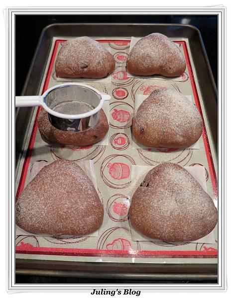 巧克力蔓越莓麵包做法13.JPG