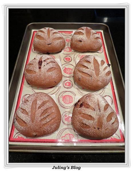 巧克力蔓越莓麵包做法15.JPG