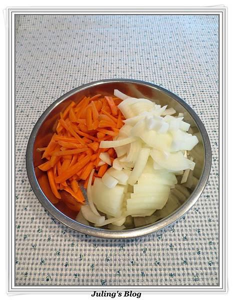 紅蘿蔔燉飯做法1.jpg