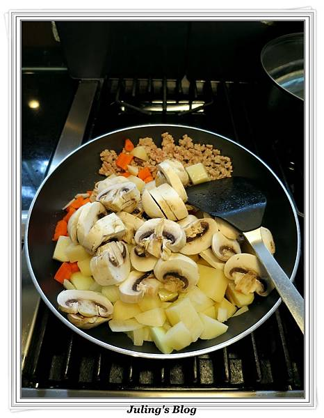 咖哩洋芋燉飯做法3.jpg