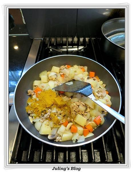 咖哩洋芋燉飯做法4.jpg