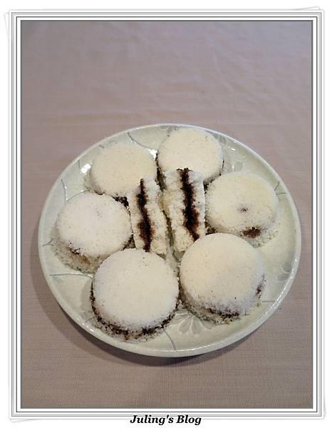 黑糖芝麻鬆糕1.JPG