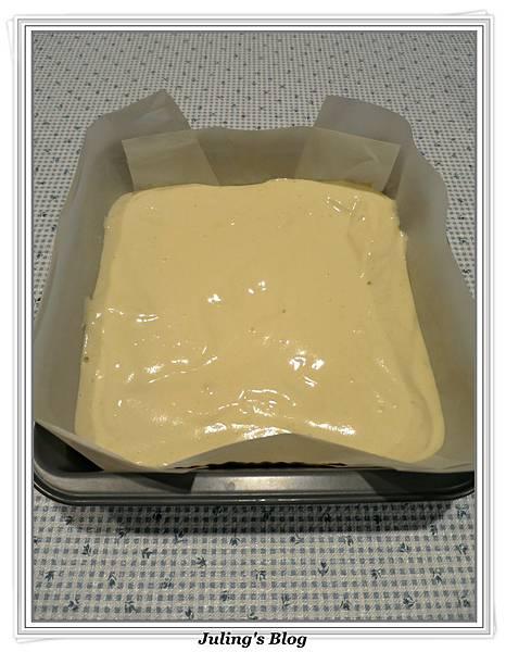 無油蜂蜜煉乳蛋糕做法8.JPG