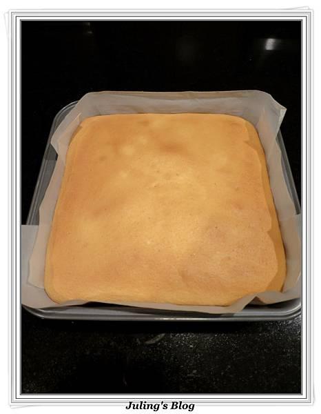 無油蜂蜜煉乳蛋糕做法9.JPG