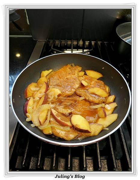 洋蔥蘋果豬排做法14.JPG