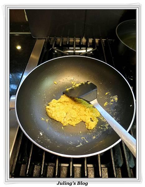 嫩炒雙色蛋做法9.JPG
